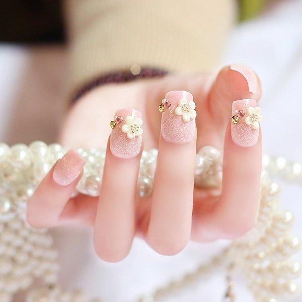 Mẫu nail đẹp đơn giản cho cô dâu lung linh ngày cưới-8